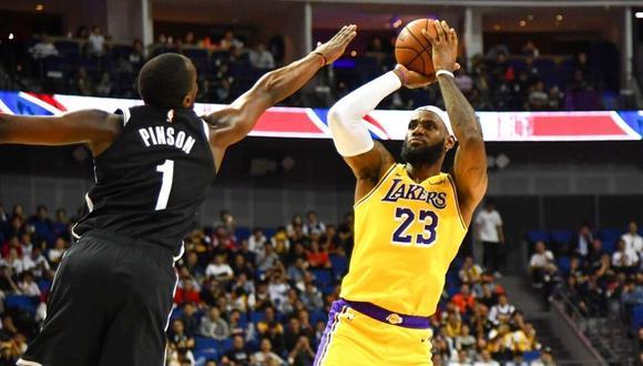 LeBron James firma dos años más por los Lakers (Foto: AFP)