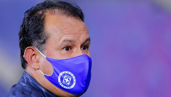 Juan Reynoso firmó contrato con Cruz Azul por todo el 2021. (Getty)