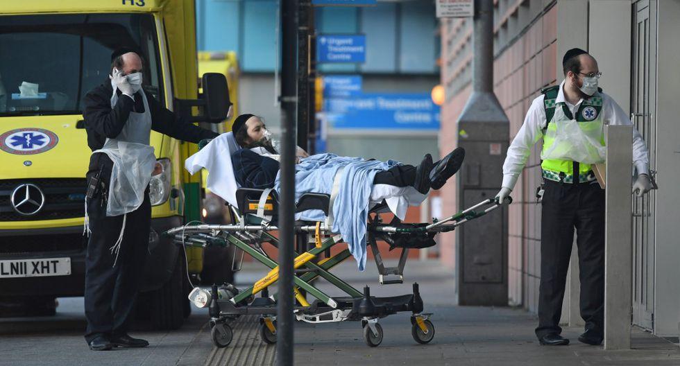 Miles de personas mueren a diario en Europa y América por el temible coronavirus.   Foto: AFP