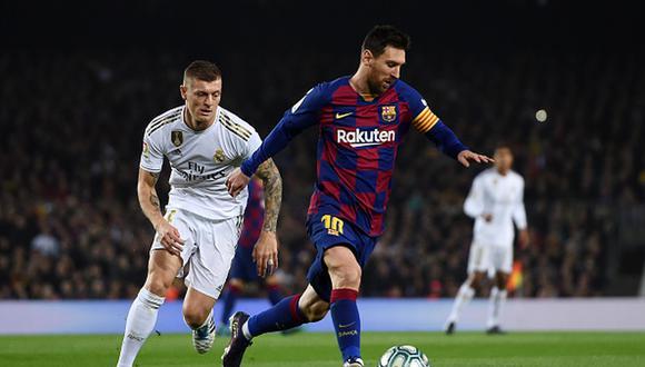 Real Madrid juega contra Barcelona por LaLiga Santander. Conoce las horas y canales TV para ver todos los partidos de hoy, domingo 1 de marzo. (Foto: Getty)
