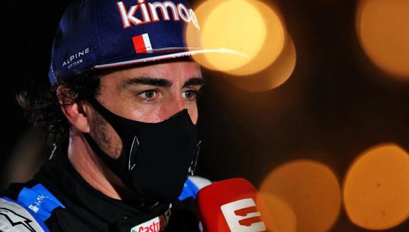 Fernando Alonso abandonó el GP de Bahréin en la vuelta 33. (Foto: Alpine)