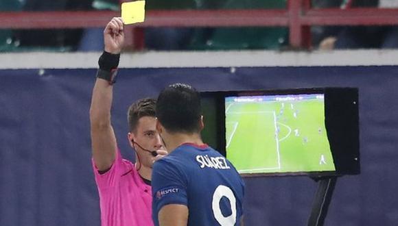 Suárez fue amonestado en el Atlético de Madrid vs. Lokomotiv. (Agencias)