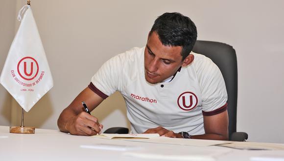 Alex Valera firmó con Universitario por las próximas temporadas. (Foto: Universitario)