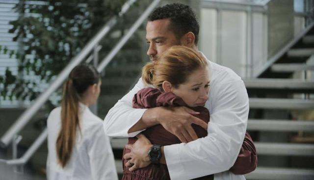Sarah Drew est April et Jesse Williams est Jackson dans `` Grey's Anatomy '' (Photo: ABC)