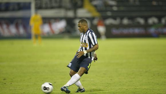 El 2014 fue la última temporada que Wilmer Aguirre jugó en Alianza Lima. (Foto: Agencias)