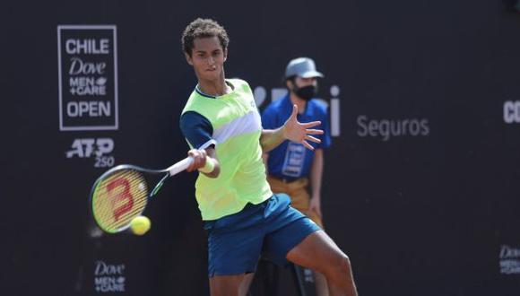 Juan Pablo Varillas derrotó a Federico Coria y avanzó a cuartos de final del ATP de Santiago. (Chile Open)