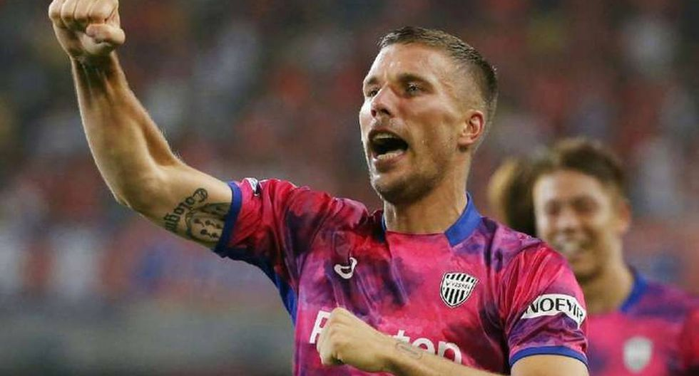 Empresario de futbolistas asegura que Lukas Podolski puede llegar a Boca Juniors. (Foto: AFP)
