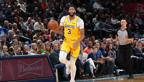 Anthony Davis se lució ante los Thunder. (Foto: Getty Images)