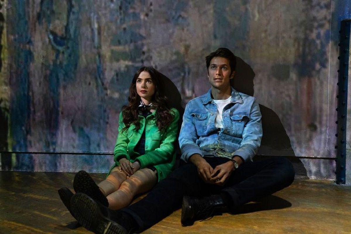 La química entre Gabriel y Emily es innegable (Foto: Netflix)
