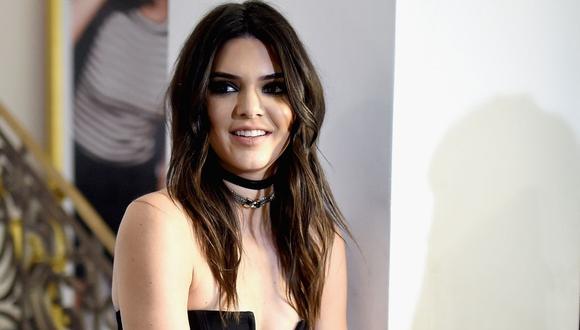 Kendall Jenner usó el vestido para ir con sus amigos a un restaurante japonés. (Foto: Jamie McCarthy / AFP)