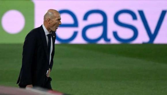 Zidane no dio excusas y aseguró que se pudo comer tres o cuatro en el primer tiempo. (AFP)