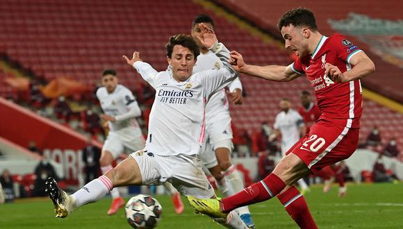 Real Madrid empató sin goles ante Liverpool en Anfield y le alcanzó clasificar a la semifinal de la Champions League. (Foto: AFP)