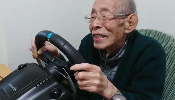 Abuelo gamer de 93 se declara fan de los videojuegos de carreras. (Foto: captura)