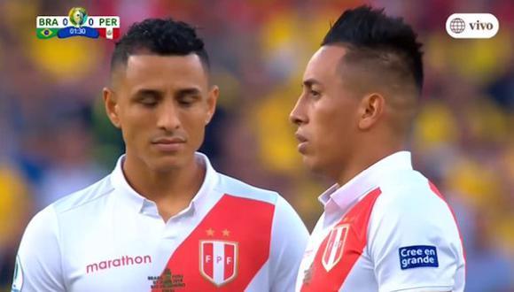 Christian Cueva estuvo cerca de marcar un golazo de tiro libre en el Perú vs. Brasil. (Captura)