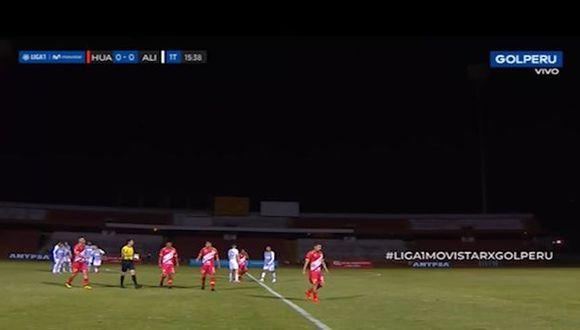 Se fue la luz en el Alianza Lima vs. Sport Huancayo y paralizó el partido (Captura GOLPERU)