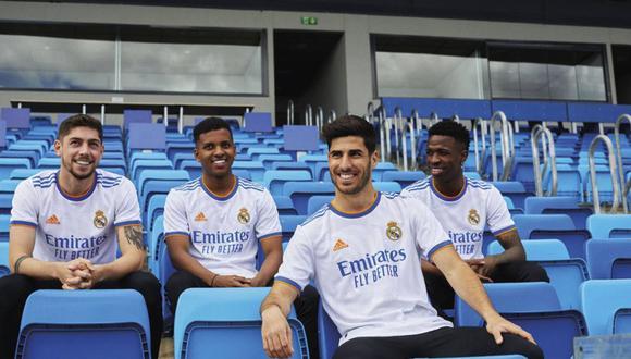 Real Madrid presentó su nueva camiseta para la temporada 2021-22. (Foto: Real Madrid.com)