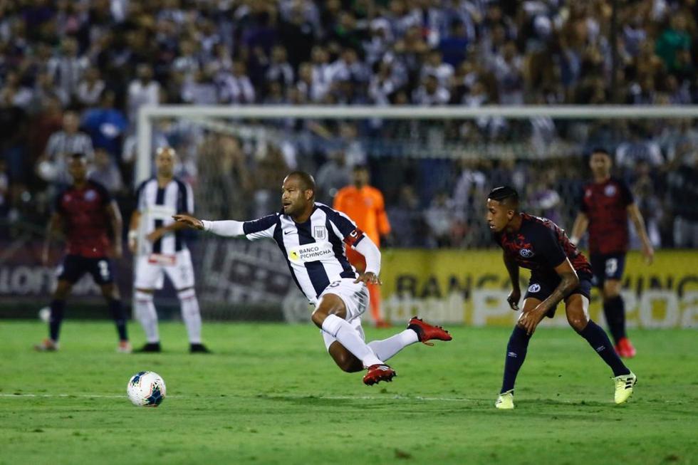Alianza Lima se enfrentó a Deportivo Municipal. (Foto: Joel Alonso / Violeta Ayasta)