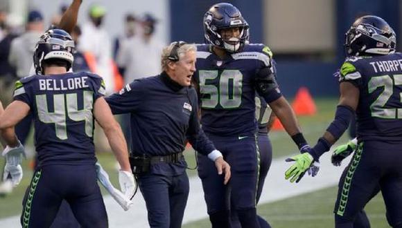 NFL multó a tres entrenadores con 100 mil dólares por no usar mascarillas contra el coronavirus. (AP)