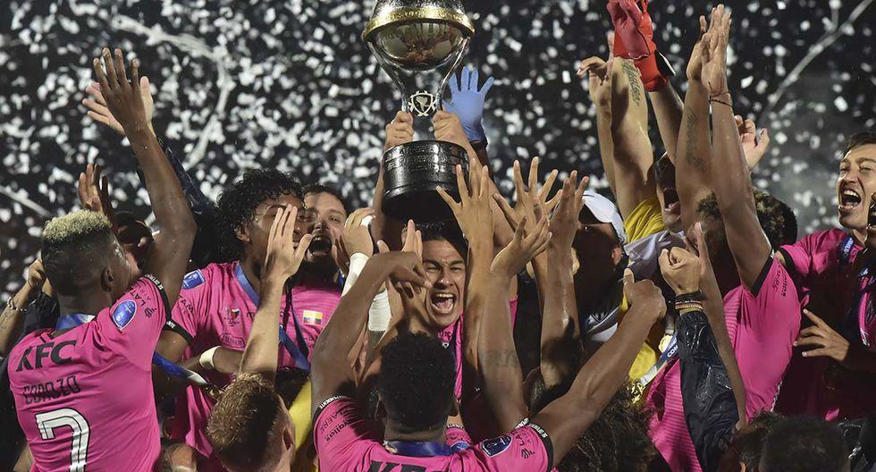 El último campeón de la competición fue Independiente del Valle de Ecuador, que ganó 3-1 a Colón de Santa Fe de Argentina en la final del 2019. | Foto: AFP