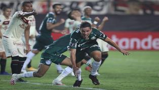 Universitario pierde 3-2 ante campeón de la Copa Libertadores