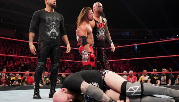 En el último Raw, Styles, Anderson y Gallows le dieron una paliza a Orton y a The Viking Raiders. (Foto: WWE)