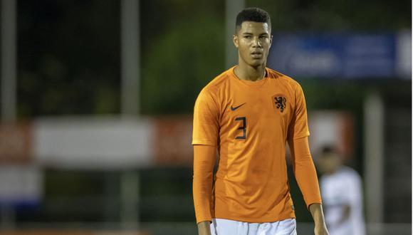 El defensor de 18 años también es pretendido por Real Madrid, Juventus e Inter de Milán.