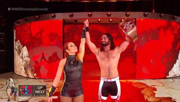 Seth Rollins celebró con Becky Lynch en Stomping Grounds. (WWE)