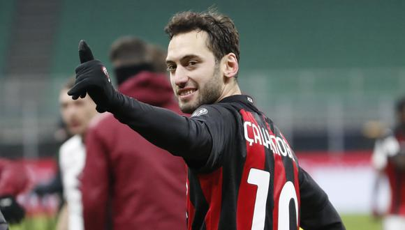 Hakan Calhanoglu llegó al AC Milan en el 2017. (Foto: AP)