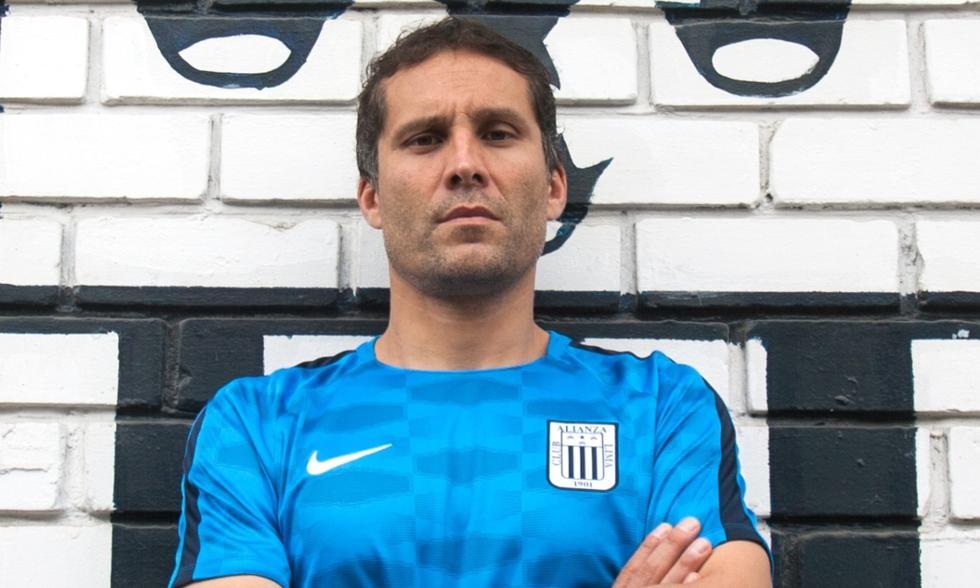 Leao Butrón: se retiró el fútbol. (Foto: GEC)