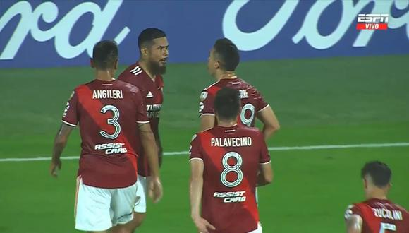 Paulo Díaz marca el 1-1 de River vs Junior. (Foto: captura ESPN)