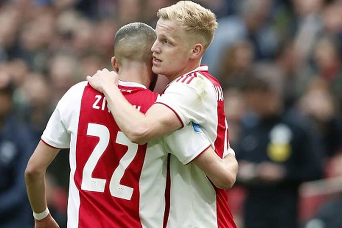 Fichajes 2019 Ajax Hizo Oficial La Renovacion De Contrato De