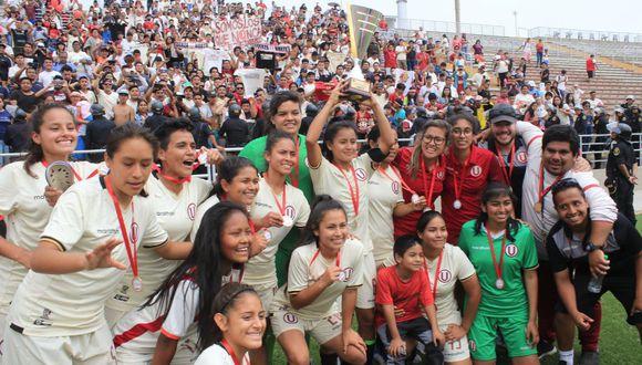 Hinchas de Universitario le brindarán un bono a sus jugadoras. (Foto: GEC)
