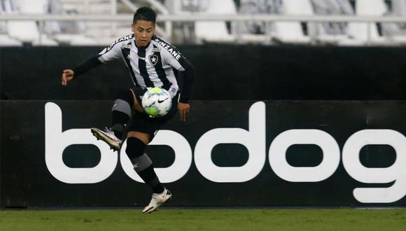 Alexander Lecaros lleva 11 partidos con dos derrotas, dos empates y siete derrotas. (Foto: Botafogo)