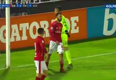 García intentó colgar el balón para colocar el 1-0 contra Sporting Cristal, pero se le fue sobre el arco [VIDEO]