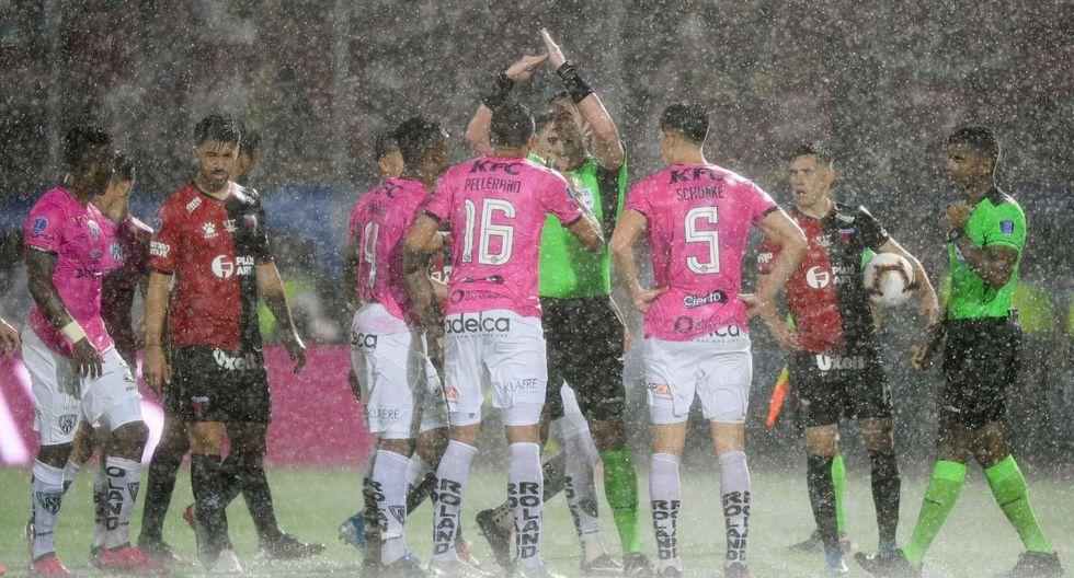 Colón e Independiente del Valle se ven las caras por la final de la Copa Sudamericana. (Foto: AFP)