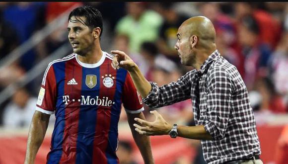 Claudio Pizarro eligió a Pep Guardiola como el mejor técnico de toda su carrera. (Foto: AFP)