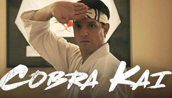 """Según una teoría, un breve momento en """"Karate Kid Part II"""" podría inspirar la premisa de la temporada 3 de """"Cobra Kai"""" (Foto: Netflix/YouTube)"""