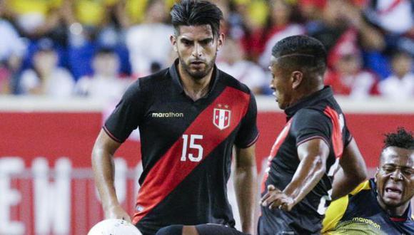 Carlos Zambrano fue suspendido tres partidos tras su expulsión ante Brasil. (Foto: AFP)