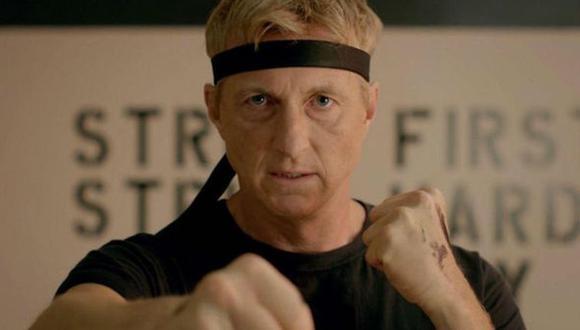 """William Zabka interpreta a Johnny Lawrence en """"Cobra Kai"""", al igual que la película original de """"Karate Kid"""" (Foto: Netflix)"""