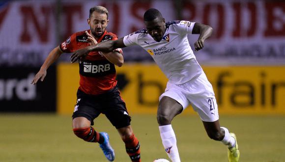 Flamengo y Liga de Quito se midieron en la Casa Blanca (Foto: AFP)