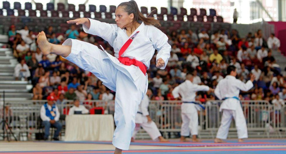 """Saida Salcedo: """"Entreno en la Videna y enseño karate de manera virtual"""""""
