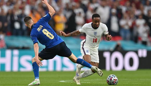 Sterling perdió la final de la Eurocopa con Inglaterra y la de Champions League con Manchester City este 2021. (Foto: Reuters)