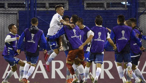 Vélez Sarsfield derrotó por 2-0 a Deportivo Cali por la Copa Sudamericana. (Agencias)