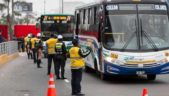 El transporte público se vio muy afectado con el decreto de Estado de Emergencia en el Perú.