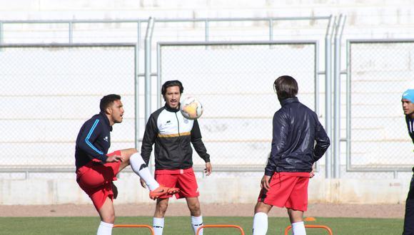 Deportivo Binacional partió rumbo a Lima esta mañana. (Foto: Binacional)