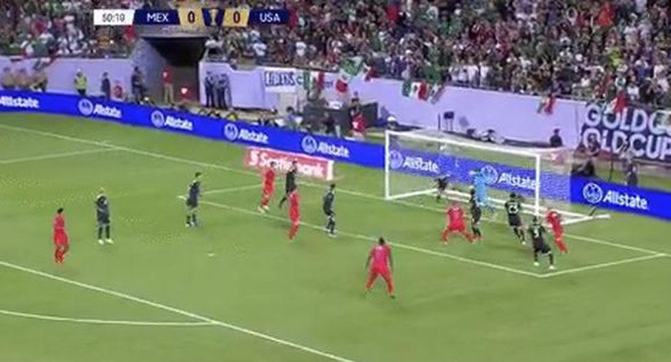 Se gozó como un gol: la gran reacción de Guardado para sacar de la línea el 1-0 en la final de Copa Oro 2019