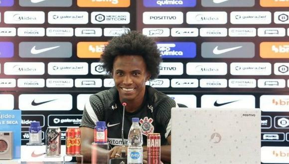 Willian fue presentado por Corinthians este lunes sin haber pasado la cuarentena obligatoria. (Foto: Prensa Corinthians)