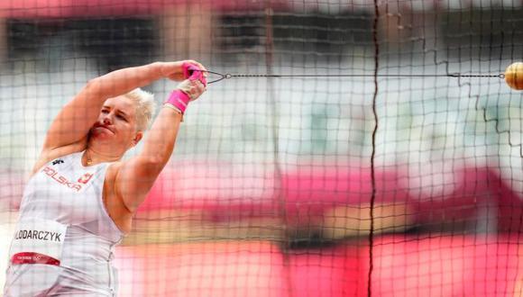 Anita Wlodarczyk se convirtió en la primera mujer que gana tres medallas de oro en una misma disciplina. (Twitter)