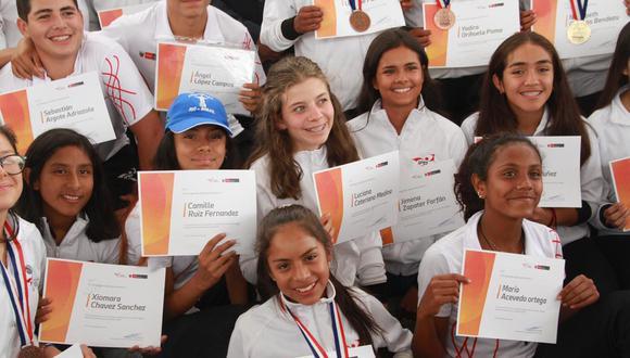 Minedu e IPD reconocen a delegación que participó en Juegos Sudamericanos Escolares Asunción 2019