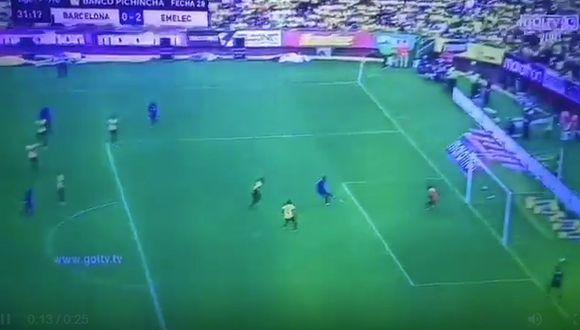 Angulo anotó el 2-0 de Emelec contra Barcelona SC por la Liga Pro de Ecuador. (Twitter)